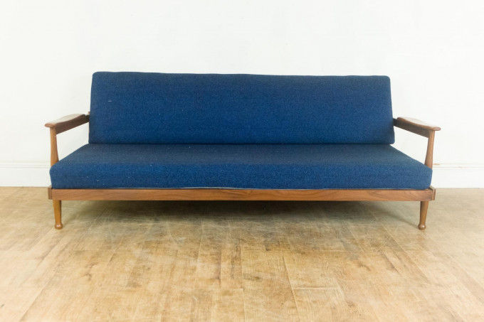 Vintage Retro Guy Rogers Manhattan Teak Mid Century Daybed Sofa Bed