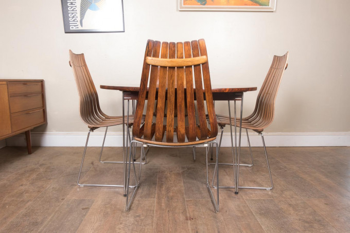 Hans Brattrud Rosewood Dining Table & Four Scandia Chairs By Hove Mobler C.1965