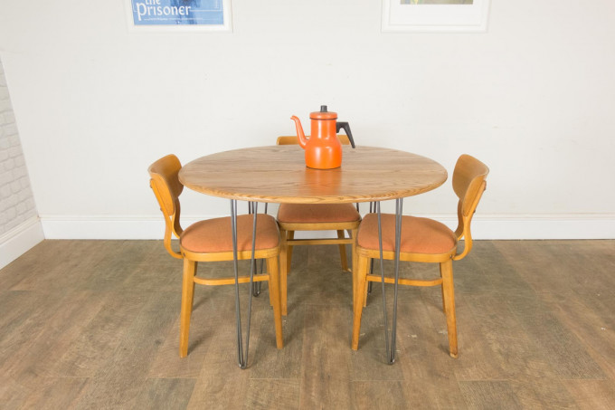 Oak Table on Hair Pin Legs and 3 Chairs