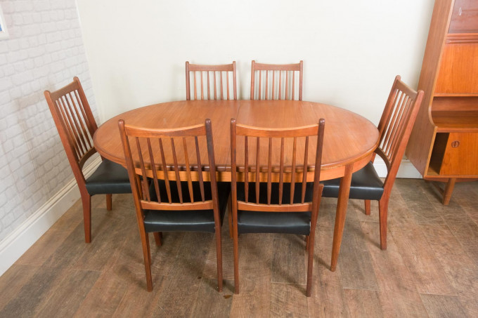 G Plan Fresco Teak Oval Table and 6 Danish Chairs by Mogens Kold