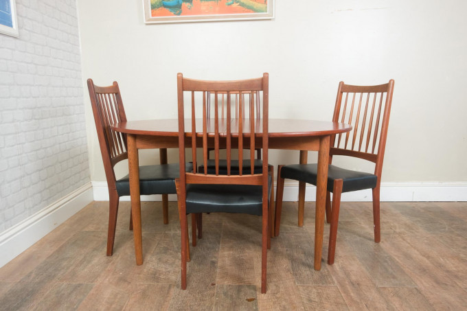 Borge Mogenson Teak Oval Table and 4 Danish Chairs by Mogens Kold