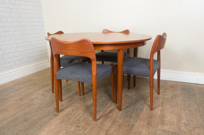 Danish Extending Dining Table and 4 Mogens Kold Chairs